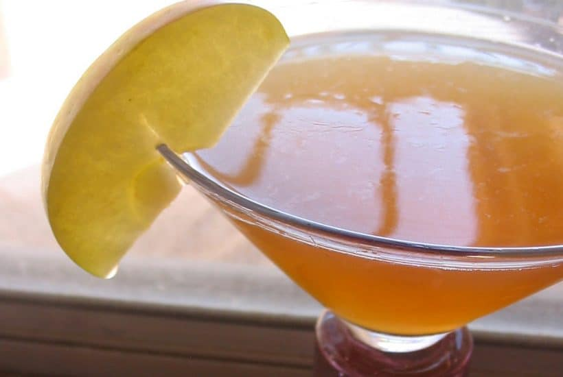 Honey Apple Martini – cocktail of the month