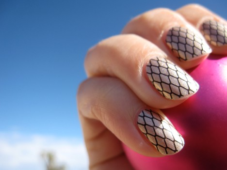 SallyHansen effectsA Stefs Favorite Beauty Products of 2011