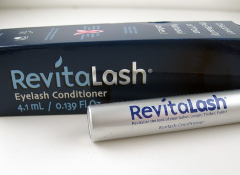 We Heart This tries out the RevitaLash Eyelash Conditioner and offers a full review on the RevitaLash Eyelash Conditioner.