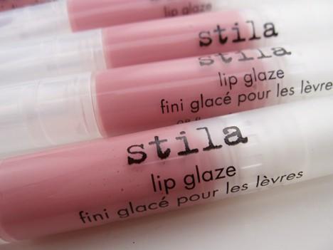 Stila Lip Glaze review -Bubble Gum, a new color for Summer!