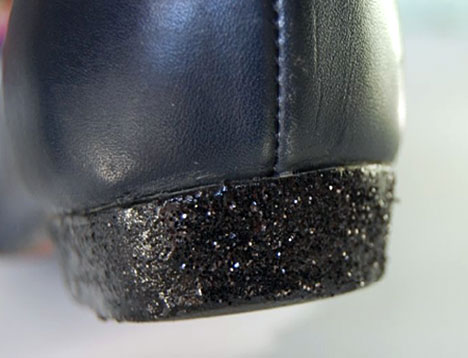DIY GShoes 10 DIY: Glittery Heeled Shoes