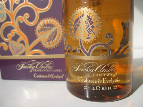 Crabtree and Evelyn Smoky Amber Holiday collection review