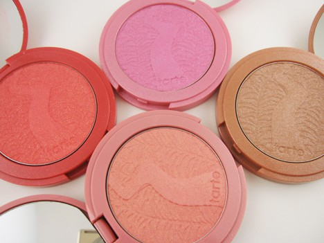 tarteclayblush1 One blush to rule them all   tarte wows us again