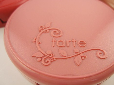 tarteclayblush2 One blush to rule them all   tarte wows us again