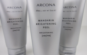 Bright up your life with ARCONA's Mandarin Brightening Peel