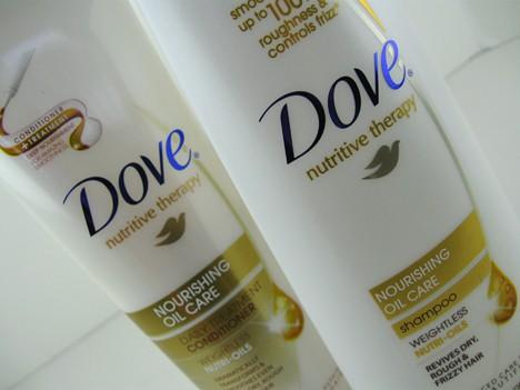 Dove GlamFallBeautyBoard Glam Beauty Board   Fall 2012 Trend Review