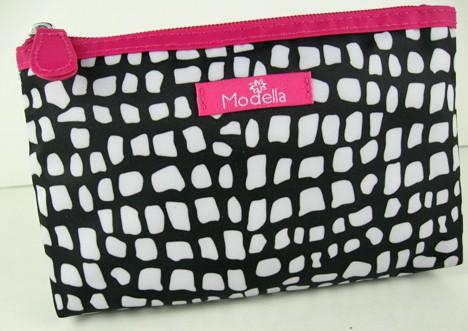 Modella Bag GlamFallBeautyBoard Glam Beauty Board   Fall 2012 Trend Review
