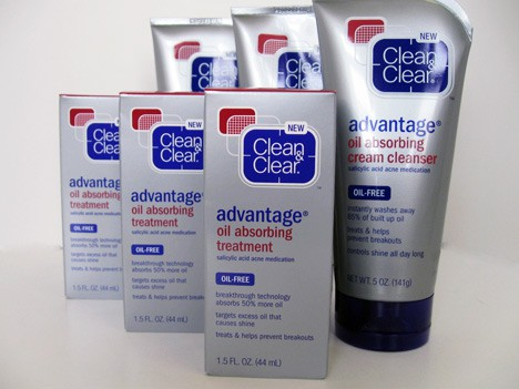 Clean & Clear Advantage Oil Absorbing Collection Review