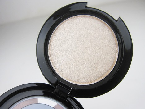 MAC Marilyn5 MAC Marilyn Monroe   review, photos & swatches