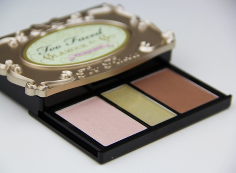 TooFacedSpunSugar4 Too Faced Glamour to Go, Spun Sugar edition   review and swatches