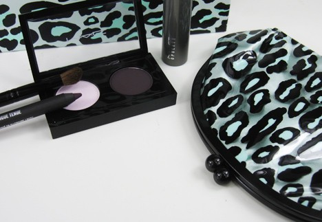 MACprimpedeye5 MAC Fabulousness: Primped Out Eye Look Bag in Decadently Pink   review, photos & swatches