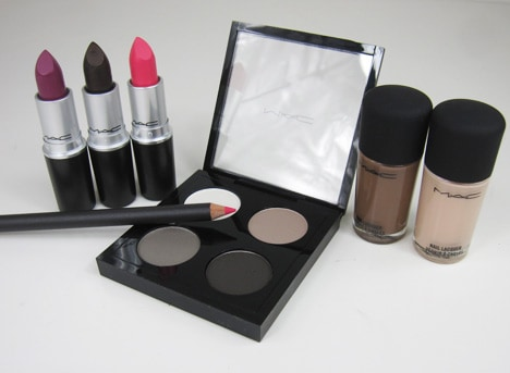 MACstrength MAC Strength   review, photos & swatches