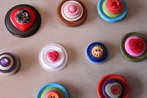 DIY Button 5 DIY: Cute as a Button Magnets