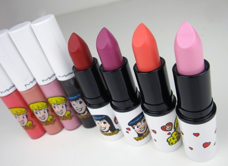 LipstickLeagueArchie The Lipstick League – week of 2.18.12