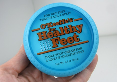 We Heart This shares a full review on O'Keefe's Working Hands and Healthy Feet products. Check it out to see if these products are for you.