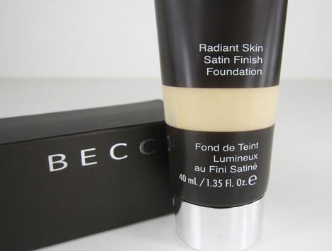 BeccaRadiantSkin1 BECCA Radiant Skin Satin Finish Foundation Review