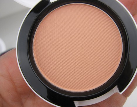 MACArchielips7 MAC Archie's Girls Lips and Cheeks – review, photos & swatches