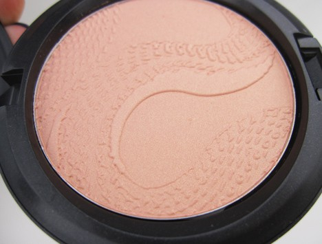 MACsnake8 MAC Year of the Snake Eye Shadows and Beauty Powder   review, photos & swatches