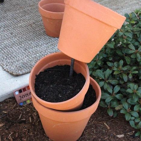 9563 DIY Garden Project: Topsy Turvy Flower Planter