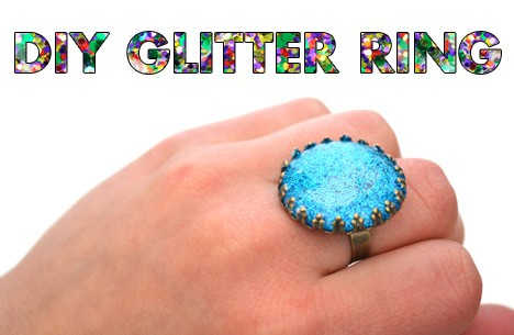 DIYglitterring1 DIY Jewelry: Glitter Ring