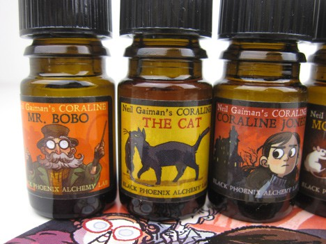 BpalCoraline4 BPAL Coraline by Neil Gaiman Collection   Review