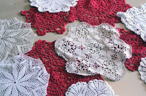 C 8593 DIY Home Decor: Doily Bowls