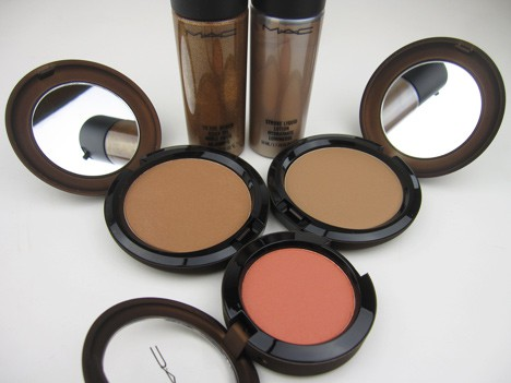 MACtempbody1 MAC Temperature Rising Cheeks & Body   swatches and review