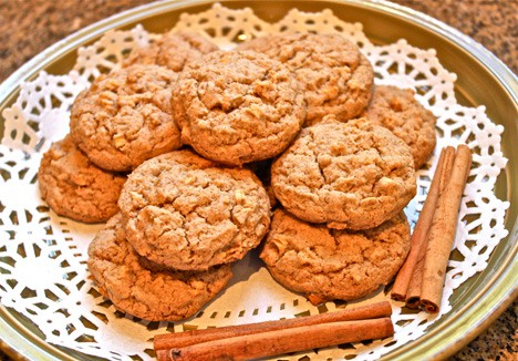 AppleCookies3 Cinnamon Apple Cookies Recipe