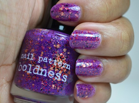 Nail Pattern Boldness Hello Sweetie swatch