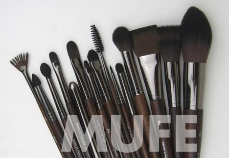 MUFE-brushes
