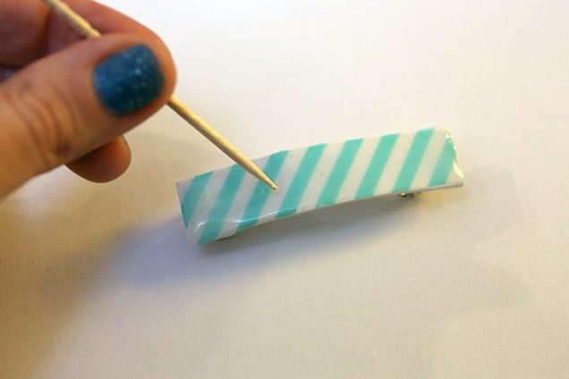 diywashitapebarrettes step6 DIY: Washi Tape Barrettes