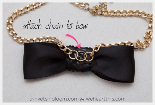 rhinestone-bow-necklace-attach-bow
