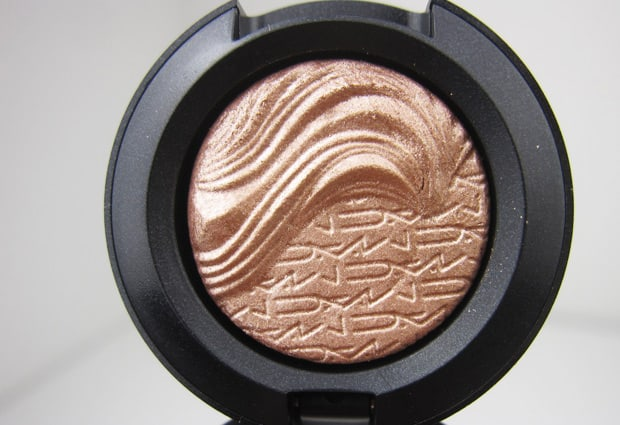 Mac magnetic nude collection fluidline it's physical review, swatches eotd