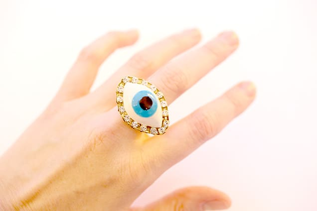 diy evil eye ring step7 DIY Jewelry: Evil Eye Ring