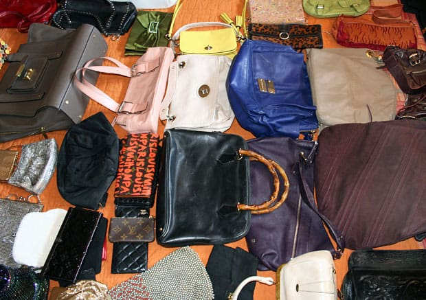 60e1523375 All about Creating A Purse Organizing System Shutterbean - kidskunst ...