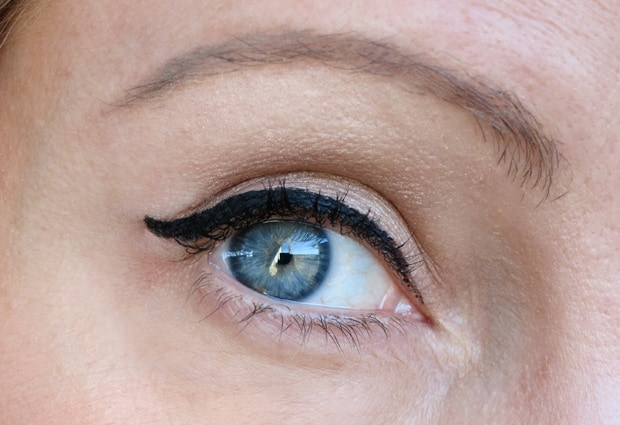 Benefit Theyre Real Liner 14 Benefit Theyre Real: New Mascara and Push Up Liner shades