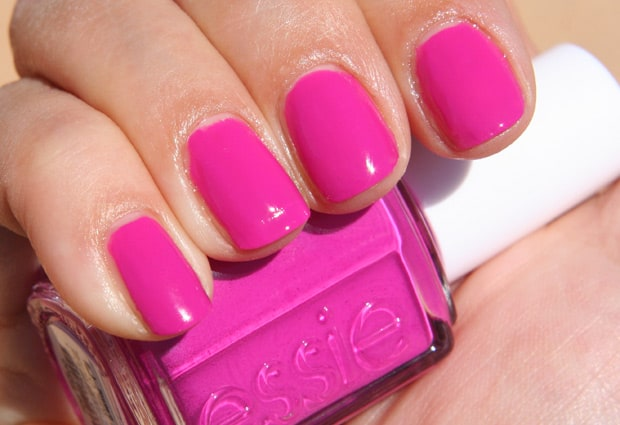 Essie-Too-Taboo-4-swatch