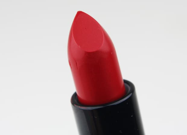 MAC Maleficent 5 True loves kiss  Even a heroine could be tempted by the MAC Maleficent collection!