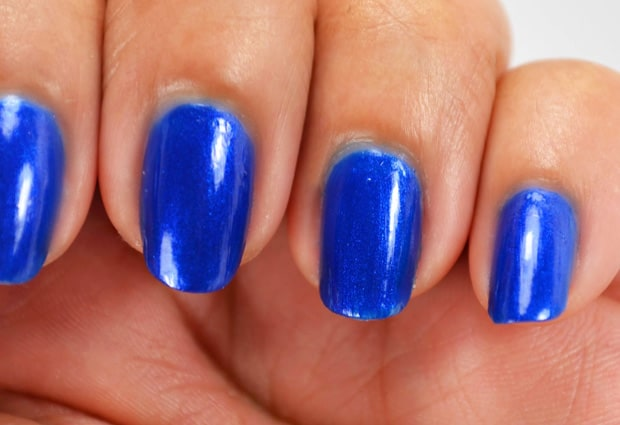 Chrome-Girl-Making-Waves-nail polish swatch