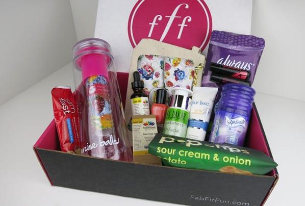 Fab Fit Fun summer 2014 A Get the FabFitFun Summer 2014 Box for $10 off!