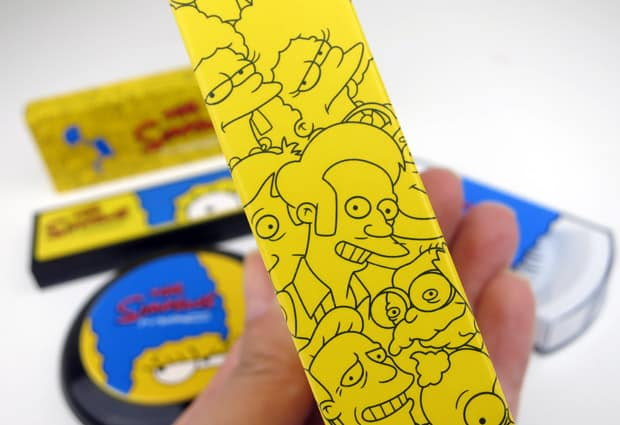 MAC-the-simpsons-7-packaging