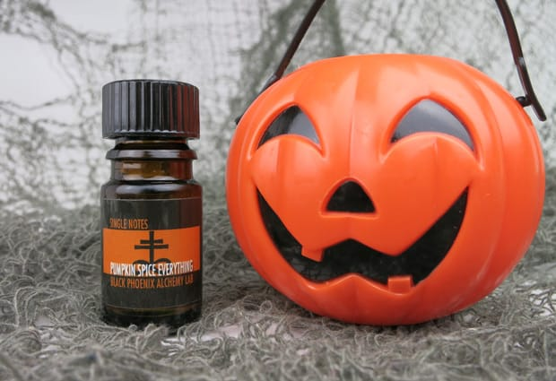 BPAL Halloween 2014 Pumpkin spice everything review E Win the Weenies: BPAL 2014 Halloween Giveaway