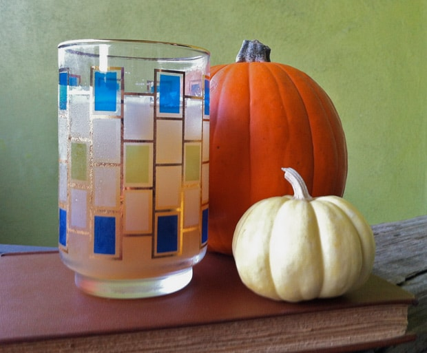 Pumpkin Ale cocktail recipes 3 The Easiest Halloween Cocktail Recipe Ever