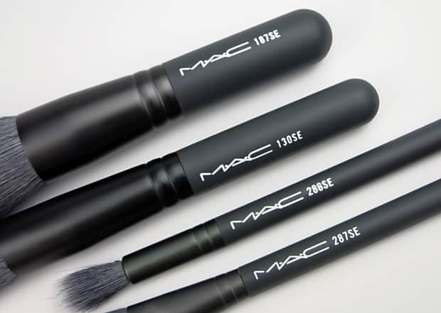 MAC-Keepsakes-Mineralize-Brush-Kit-3