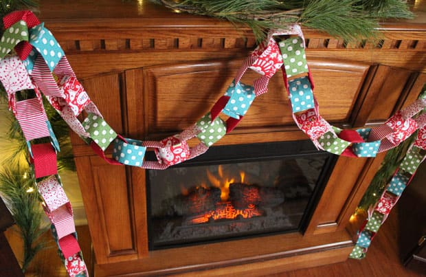 DIY Christmas Garland 2 Holiday DIY: Christmas Fabric Garland
