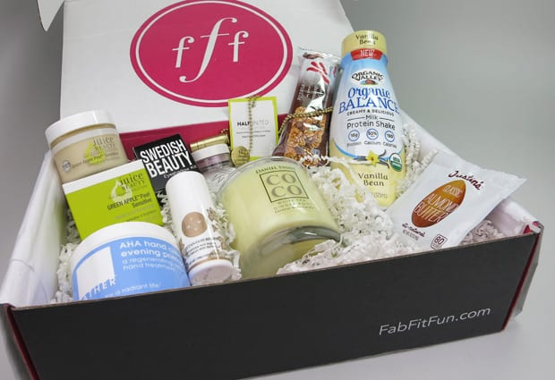 Fab Fit Fun winter 2015 review 1 Check out the FabFitFun Winter 2014 VIP box