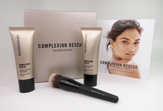 We Heart This shares the bareMinerals Complexion Rescue Tinted Hydrating Gel Cream and gives a full review of this product line.