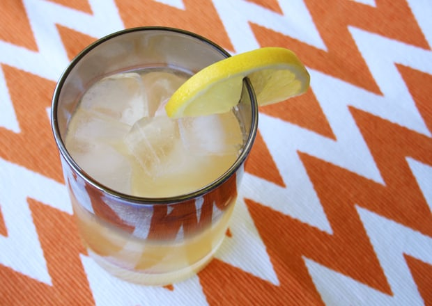 mad-men-whiskey-sour-cocktail-recipe-4