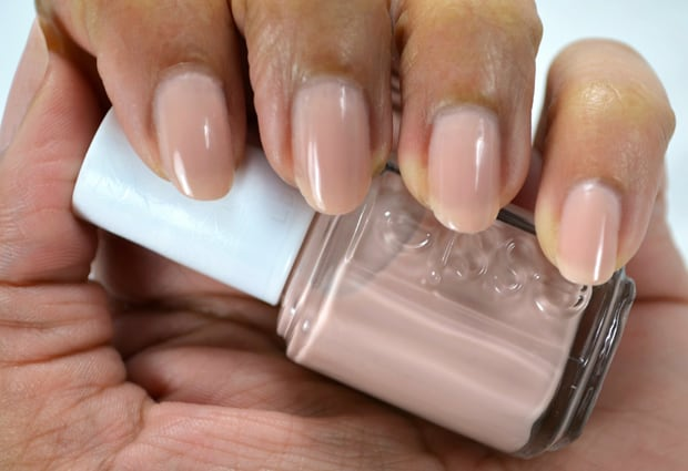 Essie brides to be swatches Essie 2015 Bridal collection swatches and review