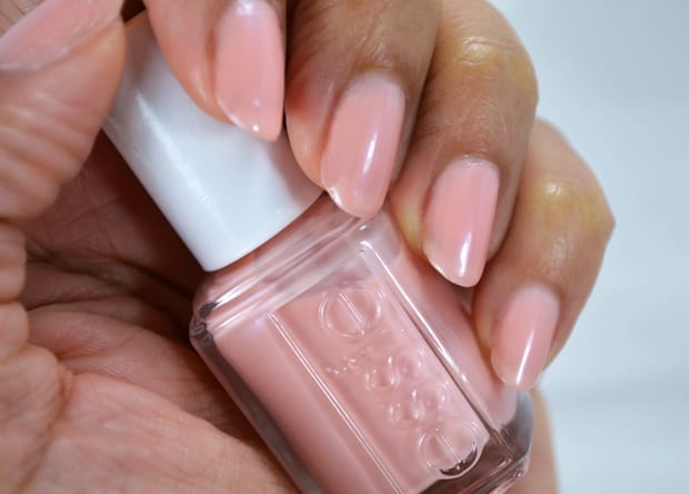 Essie worth the wait swatches Essie 2015 Bridal collection swatches and review